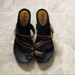 MIA brown kitten heeled strappy sandals SZ 8.5